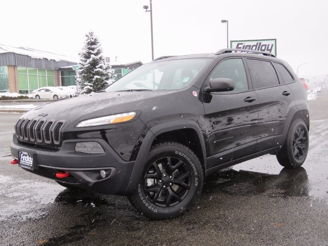 new 2018 jeep cherokee trailhawk sport utility in post falls j180060 findlay chrysler dodge. Black Bedroom Furniture Sets. Home Design Ideas