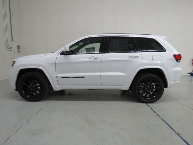 Elegant New 2018 JEEP Grand Cherokee Altitude