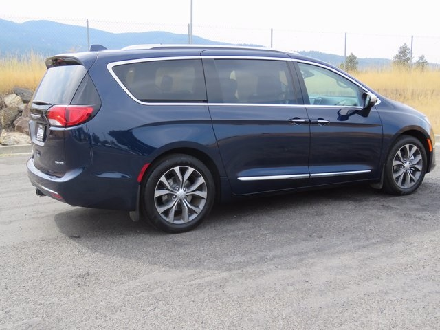 e80278594a37de85709e9f46bb6c6d28 new 2017 chrysler pacifica limited passenger van in post falls Chrysler 2017 Pacifica Interior at edmiracle.co